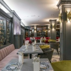 Zoe restaurant and lounge  Hotel Óbester